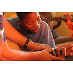 Individual guitar lessons - ages 5 + - LAVAL